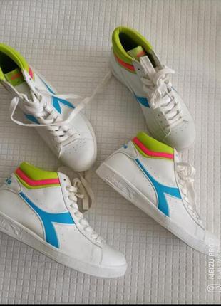 Стильние фирменние кеди ботинки от бренда diadora
