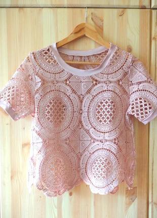 Розовая ажурная блуза