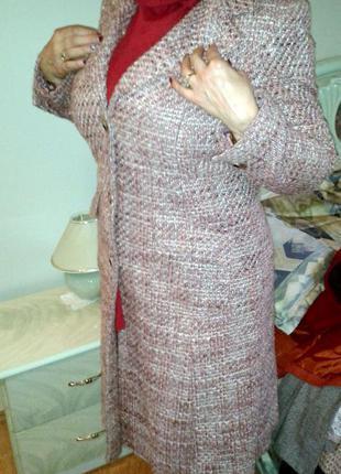 Красивое пальто из твида, 14 размер
