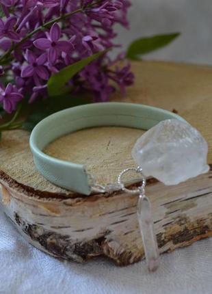 Кожаный мятный браслет с горным хрусталем ′мятная свежесть′