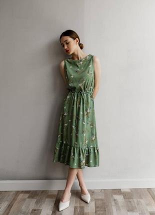 Очень красивое и нежное платье в цветочный принт