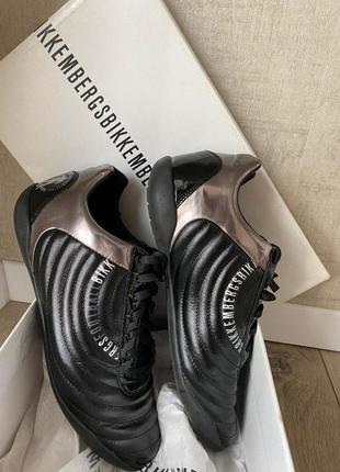 Итальянские, кожаные кроссовки dirk bikkembergs tiro segno