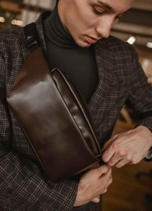 Мужская коричневая поясная сумка, бананка на пояс из кожи