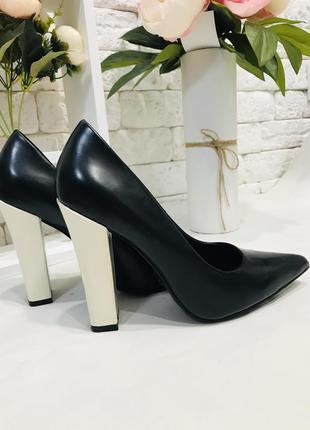 Шикарные туфли kurt geiger, чёрные туфли