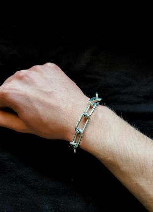 Браслет на руку из цепи
