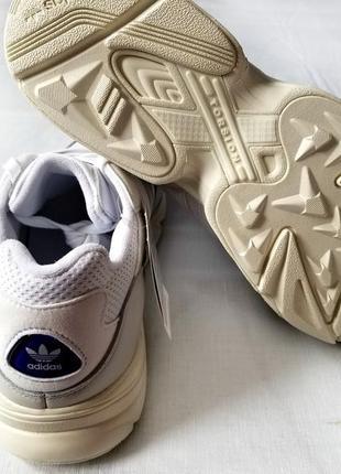 Кроссовки adidas yung-965 фото
