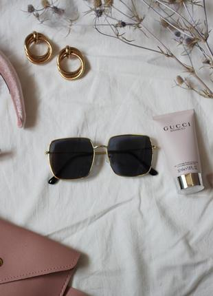 Очки солнцезащитные солнце стильные линза темные золотая оправа новые5 фото