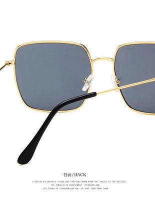 Очки солнцезащитные солнце стильные линза темные золотая оправа новые4 фото