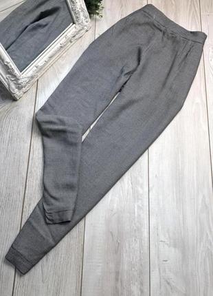 Трендовые стильные штанишки