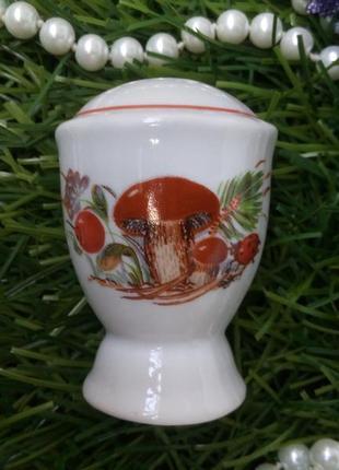 Солонка грибная поляна барановка фарфоровая ссср с деколью винтаж перечница