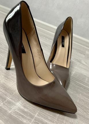 Туфли с градиентом