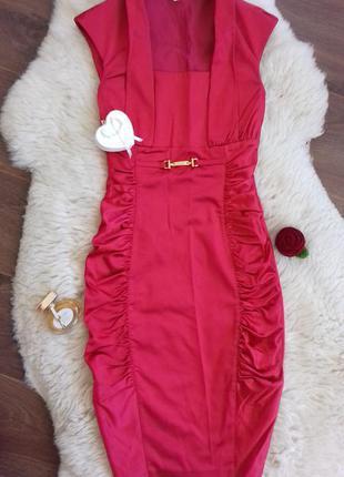 Нарядное платье красно-малинового цвета, 38р.
