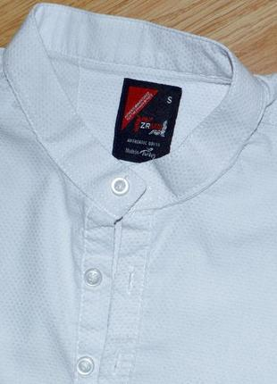 Белая фактурная рубашка р.s4 фото