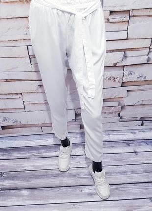 Белоснежные брюки штаны италия  / зауженные/ высокая посадка