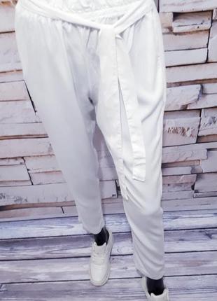 Белоснежные брюки штаны италия  / зауженные/2 фото