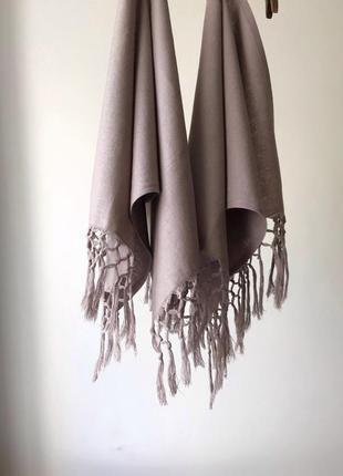 Длинное полотенце как рушник