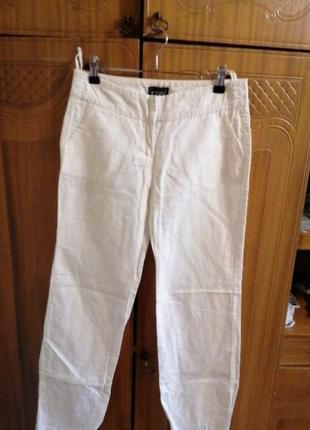 Белые летние брюки oggi