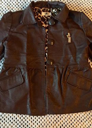 Стильная весенняя курточка (пиджак) колокол