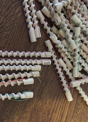 Дерев'яні бігуді спіральні 45 штук різного розміру одним лотом
