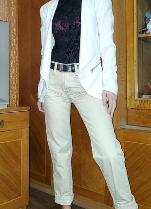 Розвантажуюсь белый пиджак с кожаными вставками h&m вьетнам
