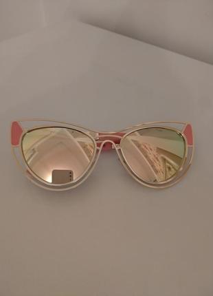 Розовые очки лисички