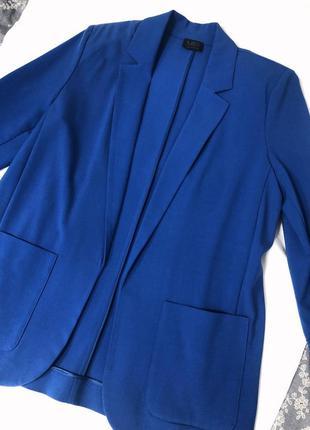 Удлинённый пиджак новый