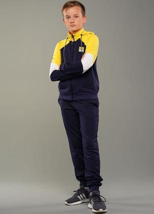 Спортивный костюм для мальчика3 фото