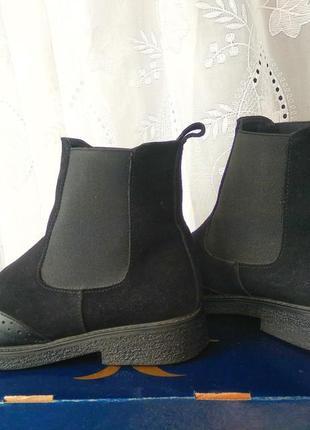 Зимние ботинки-челси