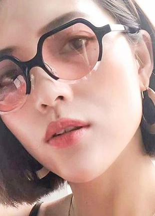 Винтажные круглые черно-розовые очки с цветной круглой линзой со скошенным верхом