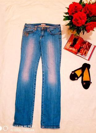 Классные стильные джинсы