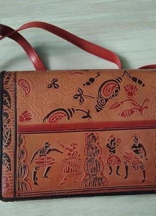 Кожаная сумочка на плечо клач