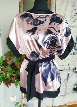 Блуза нарядная розовая принт роза стразы бренд oodji