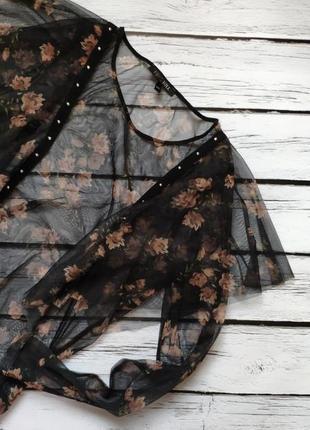 Очень красивая блузочка  с рюшами