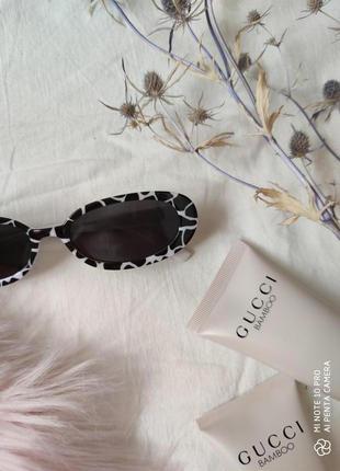 Очки окуляри солнцезащитные солнце в стиле 90-х трендовые черные новые4 фото