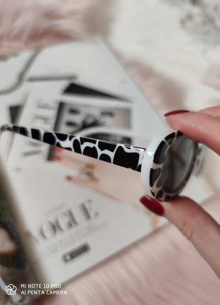 Очки окуляри солнцезащитные солнце в стиле 90-х трендовые черные новые6 фото