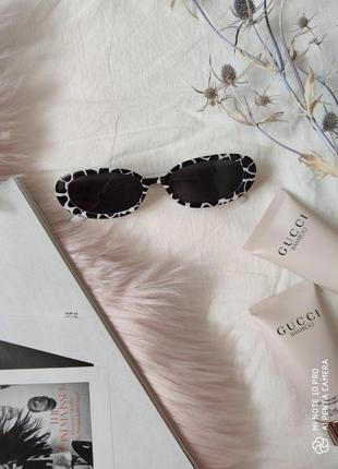 Очки окуляри солнцезащитные солнце в стиле 90-х трендовые черные новые3 фото