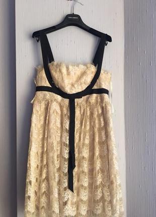 Шикарное дизайнерское гипюровое платье