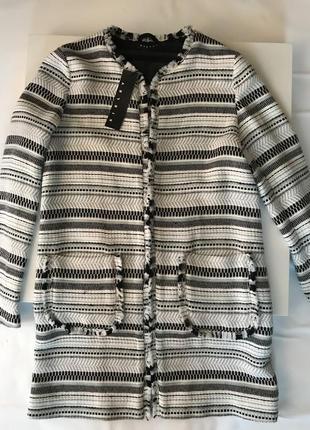 Стильный женский жакет,пальто легкое sisley.італія