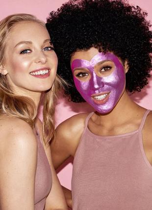 Искрящаяся маска для лица instaglammers purple  фиолетовая маска