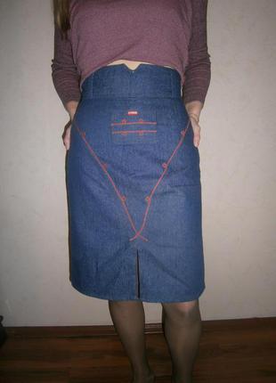 Модненькая юбка с завышеной талией