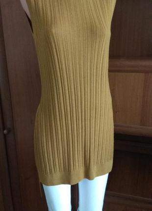 Модный джемпер-туника без рукавов в рубчик -цвет карамели размер м-10 от limited edition.