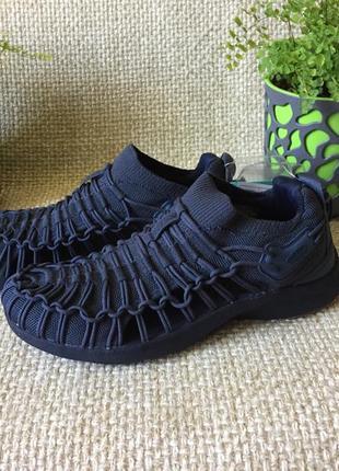 Кросівки сандалі keen uneek snk 1022368 розмір 41.5-42