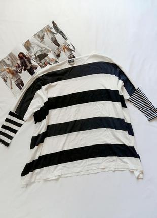 Бело-черный полосатый оверсайз лонгслив mtwtfss weekday