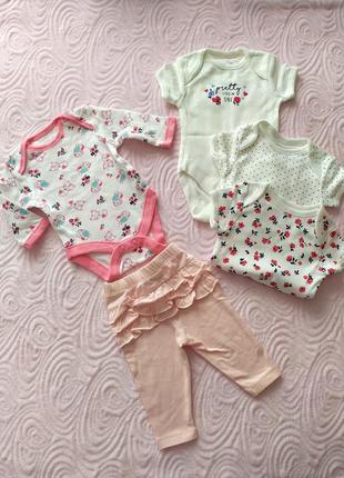 Набор комплект боди и штанишки новорожденной