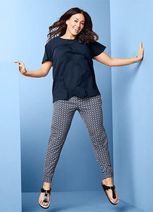Женские трикотажные брюки с декор. рисунком, р.46,48,50,52,54