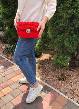 Красная сумка-зефирка