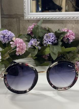Эффектные круглые очки цветочная оправа