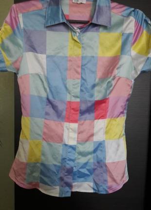 Рубашка в яркий принт oodji