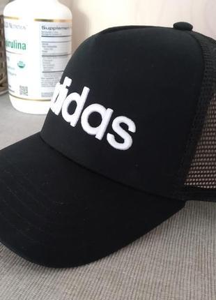 Крутая кепка adidas