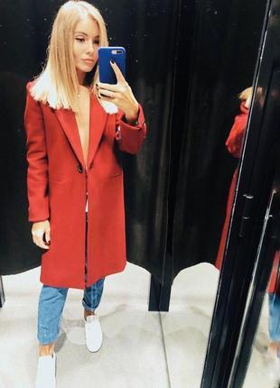 Красное  пальто новое!!!